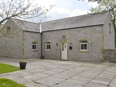 Photo for 2 bedroom accommodation in Over Haddon, near Bakewell