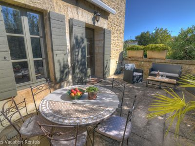 Photo for Sunny apartment in private residence - Pool & tennis court - 5 mins walk to Uzès
