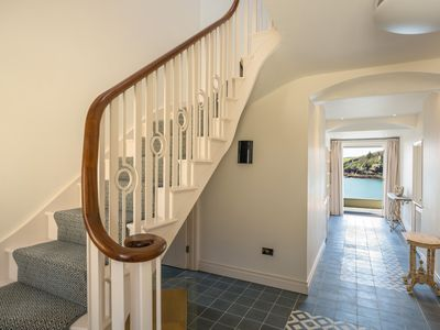 Photo for Luxurious Sea Facing House, Private Access to Beach.  Sleeps 8