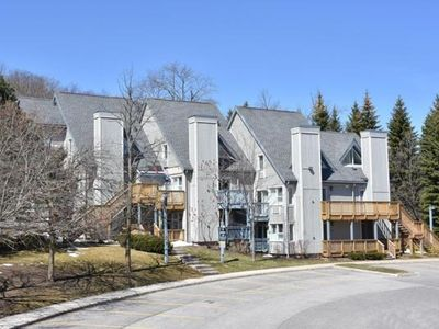 Photo for 2 Bedroom Mountain Spring Resort w/ Free Parking - 9911  Blue Mountain Lodges