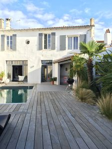 Photo for Upscale villa with pool in Bois-Plage-en-Ré