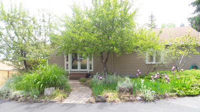 Photo for Garden Cottage close to Downtown Ashland