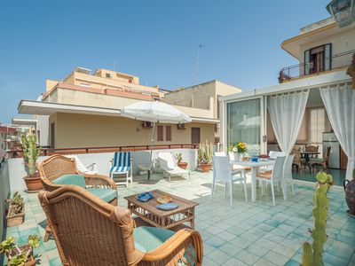 Photo for Penthouse with roof terrace and sea view - Attico Gallipoli 215