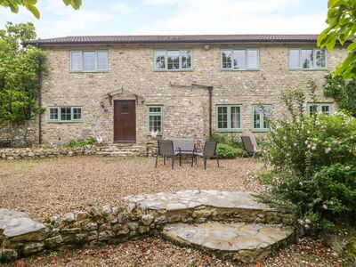 Photo for BRITANNIA COTTAGE, pet friendly in Axminster, Ref 1013194