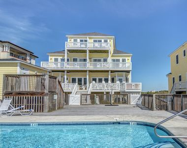 Photo for OCEANFRONT - Pool - Private Hot Tub on Oceanfront Deck