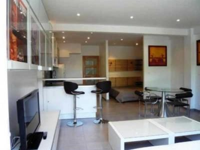 Photo for 2 bedroom Apartment, sleeps 4 with Air Con