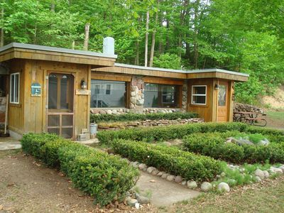 Cabin situated on  scenic Byway Lakeshore Dr.