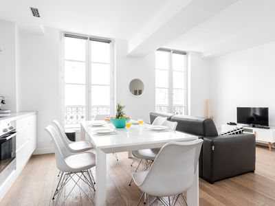 Photo for ELEGANT AND BRIGHT 1BR FLAT IN THE HEART OF LE MARAIS -  BY CENTRE POMPIDOU