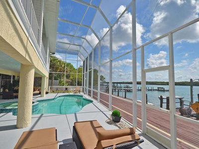 Photo for Luxury Bayfront Home 1075