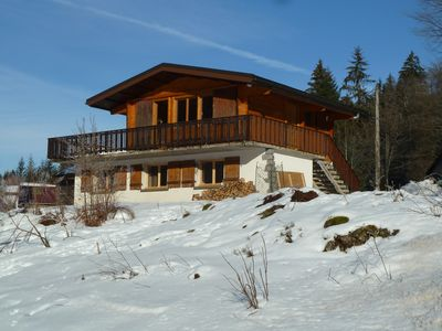 Photo for Detached chalet 10 minutes from the ski slopes and 2 minutes from the lake, quiet