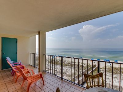 Photo for NEW LISTING! Third-floor condo w/shared pool, balcony, prime beachfront location