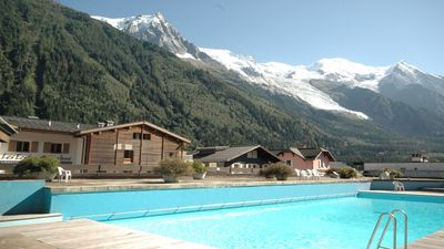Photo for Apartment in a central Chamonix location with access to roof top pool in Summer