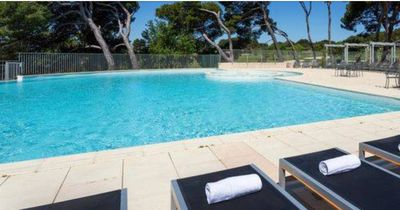 Photo for Apartment in the residence Provence country club Saumane de Vaucluse