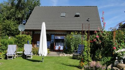 Photo for ****holiday house, 62 sqm, 3 persons, 2 bedrooms, by a field