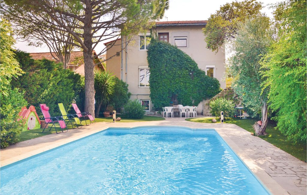 5 Bedroom Accommodation In Marseille. Sormiou House Rental ...