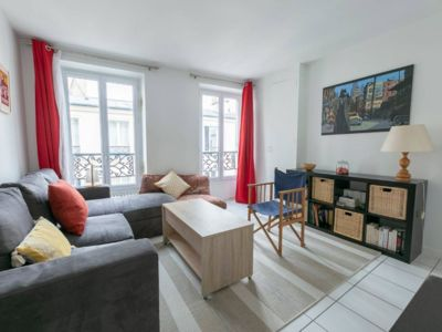 Photo for Nice 2 bright rooms in Batignolles