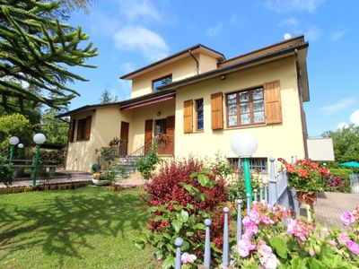 Photo for Wonderful private villa for 8 guests with WIFI, private pool, TV, pets allowed and parking