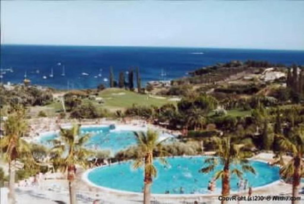Apartment 34 square meters, close to the sea