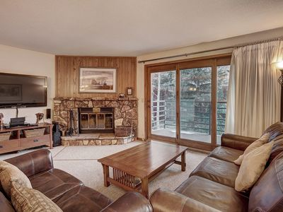 Photo for Gold Rated 2 Bedroom Condo in Fantastic Location - Close to the Slopes!