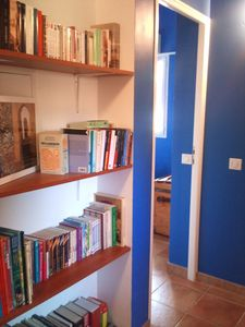 corridor with english, italian, french books