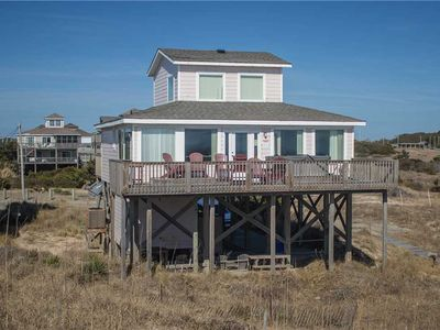 Photo for Cute, updated oceanfront w/HotTub