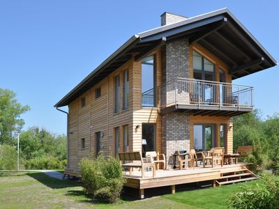 Photo for Modern holiday home for 6 pers., Only 120 m from the beach