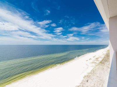 Photo for Welcoming 15th-Floor, Gulf-Front Condo! Gulf-Front Pool