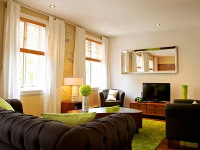 `` Charming Apartment in downtown Montreal`` + Private parking