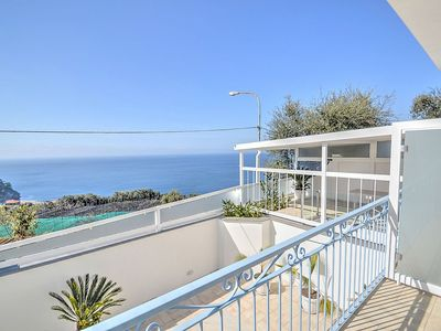 Photo for Appartamento Mirto C: A bright and cheerful apartment which faces the sun and the sea, with Free WI-FI.