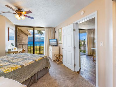 Photo for Oceanfront; Clean; Perfect Kihei Vacation Condo!