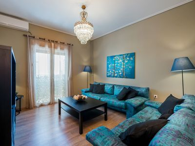 Photo for ⭐ Newly renovated flat - 10 min from metro station ⭐