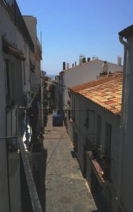 Photo for Bright and spacious seaside house, wi-fi, sleeps 6 (Cadaques, Costa Brava)