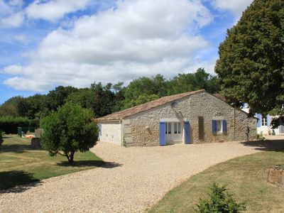 Photo for Gite With Private Pool And Beautiful Views Over Vines And Farmland