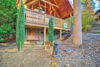 Up to 4 guests will enjoy proximity to Gatlinburg's best attractions.
