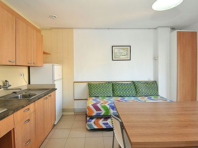 Photo for <![CDATA[Apartment Plus. 2/4 people WIFI. Very close to мar.]]>