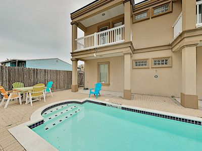 Photo for Prime Island Escape w/ Pool - Steps to the Beach & Padre Boulevard Fun!