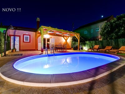 Photo for Villa Orange with private heated pool