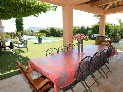 Photo for 3 bedroom Villa, sleeps 6 in Le Muy with Pool, Air Con and WiFi