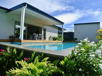 Surf Mist, Cook Islands, 2 bedrooms, 2 bathrooms, with private pool, sleeps 5.