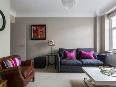 Photo for Drayton Gardens VIII - luxury 1 bedrooms serviced apartment - Travel Keys
