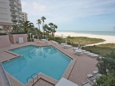 Photo for Beachfront with Fitness Center, Pool, Hot Tub, BBQ, W/D, Free Wi-Fi & Cable-12B Crescent Beach Club