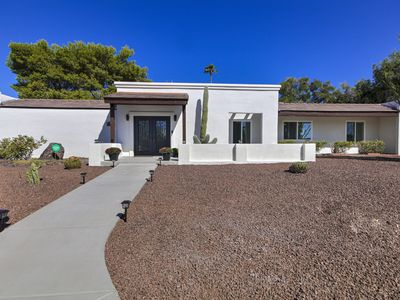 Photo for Beautiful Contemporary Home in the Heart of North Scottsdale