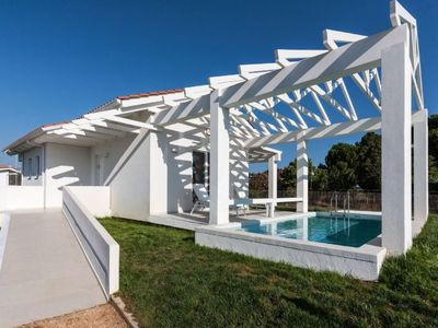 Photo for Vacation home White Villas Pool Villa  in Amaliada, Peloponese - 4 persons, 1 bedroom