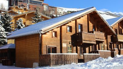 Photo for Chalet Les 2 Alpes with sauna and jacuzzi