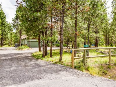 Photo for Fenced 1 Acre*Cozy and Serene*25 Min to Bachelor*Walkable to River Access