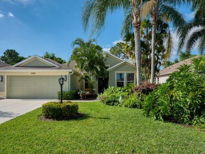Photo for Centrally Located 3 Bedroom Pool Home in Sarasota: Sarasota 07