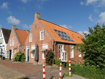 Photo for Harbor View / apartment directly at the romantic fishing port Greetsiel