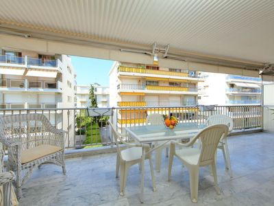 Photo for Apartment Le Riva  in Cannes, Cote d'Azur - 4 persons, 1 bedroom