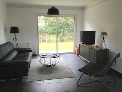 Photo for NEW! Everything on foot: beach, city center, lake. Nice house with fenced garden
