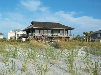 Photo for Sandy Paws Cozy Beach House and direct ocean front on Figure Eight Island